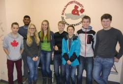 Eure Schulsanitäter:  Ragipan, Nils, Nico, Lennart, Jus-tin, Luisa, Joseph, Kathi und  Nina